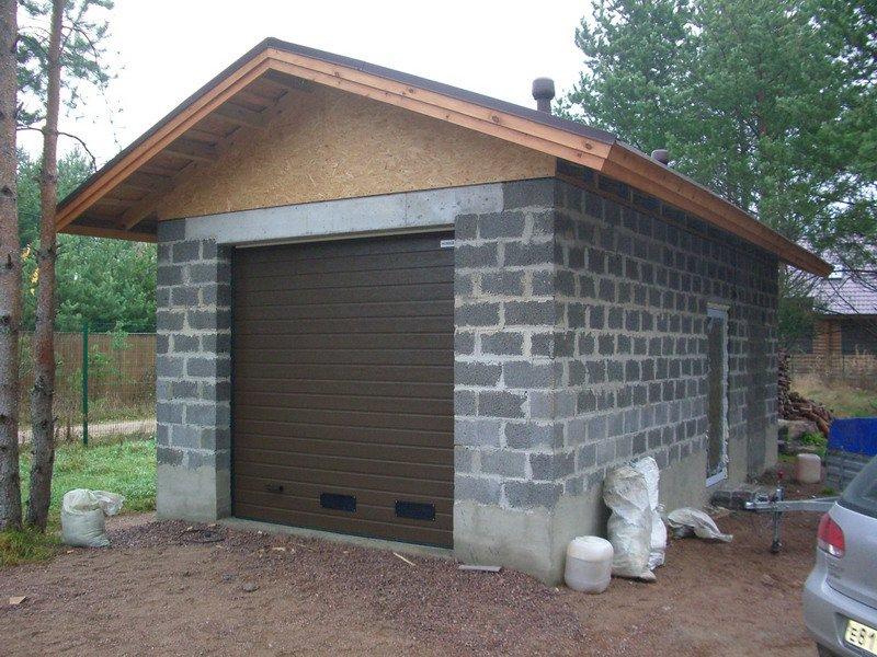 garazh-dlia-dachi