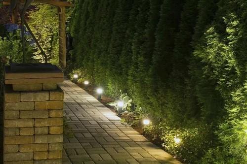 светильники на усадьбе