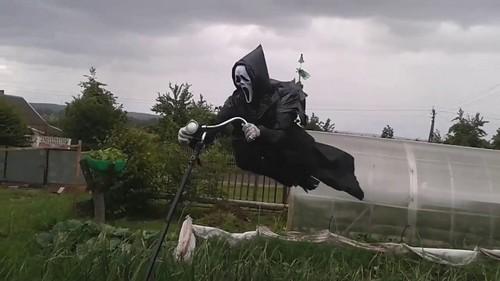 летающее пугало